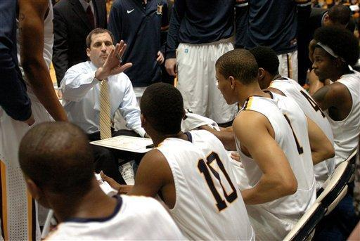 Murray State head coach Steve Prohm talks with his team during a time out in the first half of an NCAA college basketball game against St. Mary's on Saturday, Feb. 18, 2012, in Murray, Ky. (AP Photo/Stephen Lance Dennee)