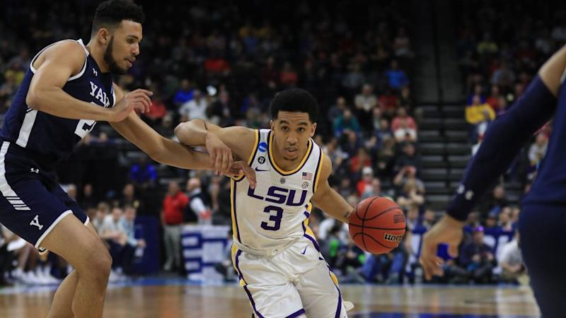 Waters Sweet Scoop Shot Lifts LSU to Sweet Sixteen