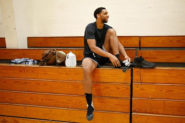 "<a class=""link rapid-noclick-resp"" href=""/nba/players/5434/"" data-ylk=""slk:Jahlil Okafor"">Jahlil Okafor</a> trains with Remy Workouts in Miami, Fla. (Getty Images)Ok"