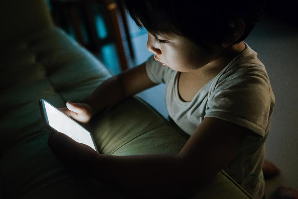 Children's sleep hardly affected by screen use, study finds [Photo: Getty]