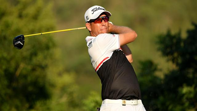Oliver Bekker leads the way after 18 holes at the Alfred Dunhill Championship after carding an opening-round 66 on Thursday.