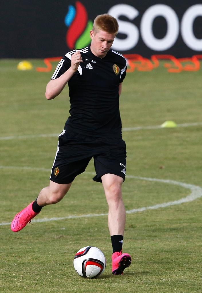 Belgium international and Manchester City's new signing Kevin De Bruyne takes part in a training session in Nicosia, on September 5, 2015 (AFP Photo/Florian Choblet)