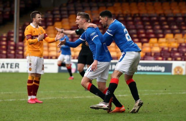 Rangers slipped up as they were held to a 1-1 draw at Motherwell