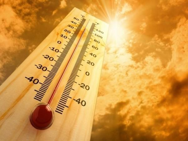 Pakistan's Karachi recorded highest temperature since 1947.