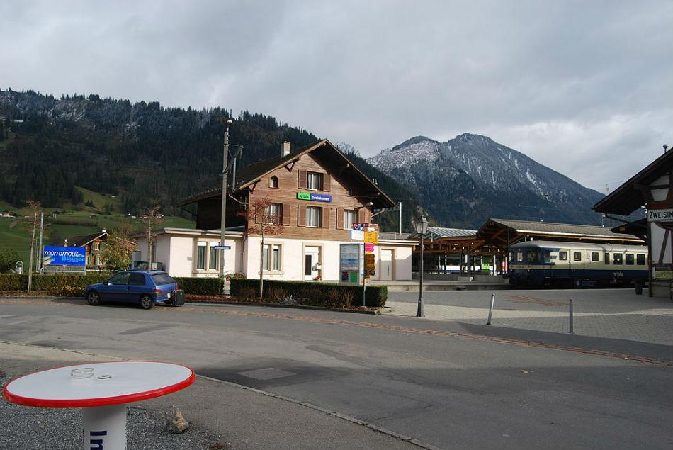 The Zweisimmen railway station, which appears in Dilwale Dulhaniya Le Jayenge.