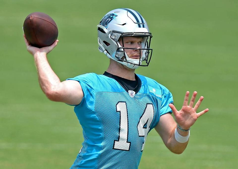 """Carolina Panthers quarterback Sam Darnold said a week ago he had yet to get a COVID-19 vaccination, then said Wednesday it would be a """"personal decision"""" as to whether he would get the shot."""