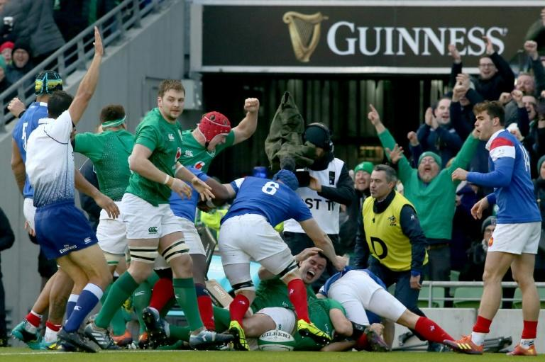 Ireland take bonus point Six Nations win over France