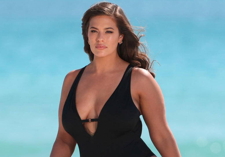 Ashley Graham's Latest Swimwear Campaign Features Completely Unretouched Paparazzi Images