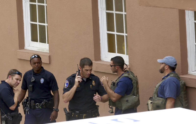 Police Confirm: Shooter Down In Charleston Hostage Situation