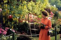 <p>Her Majesty visits the Chelsea Flower Show in London in 1971. (PA Archive) </p>