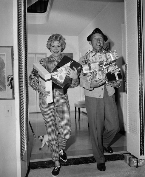 <p>It's a Christmas miracle! In 1960, <em>White Christmas </em>costars Bing Crosby and Rosemary Clooney reunited for the holiday special <em>A Christmas Sing With Bing</em>. </p>