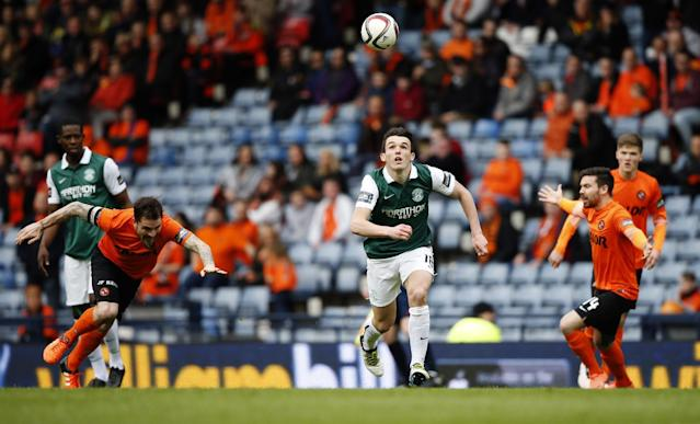 Football Soccer - Hibernian v Dundee United - William Hill Scottish Cup Semi Final - Hampden Park, Glasgow, Scotland - 16/4/16 Hibernian's John McGinn in action with Dundee United's Paul Paton and Ryan Dow (R) Action Images via Reuters / Russell Cheyne Livepic EDITORIAL USE ONLY.