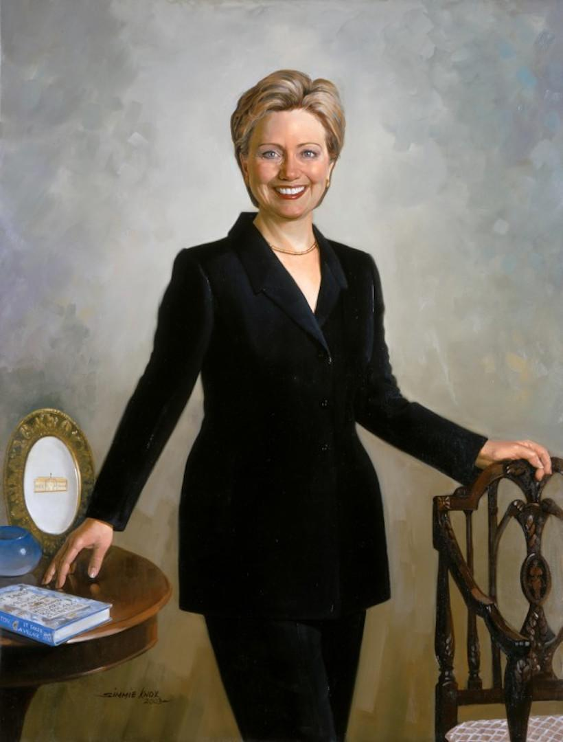 Hillary Clinton was the first first lady to wear pants in her official White House portrait. (Photo: White House Collection)
