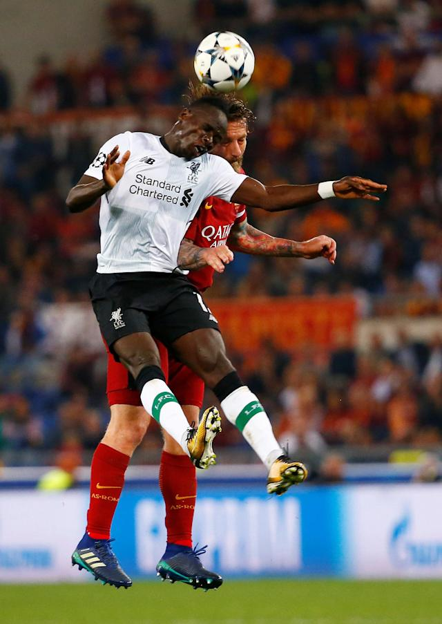 Soccer Football - Champions League Semi Final Second Leg - AS Roma v Liverpool - Stadio Olimpico, Rome, Italy - May 2, 2018 Liverpool's Sadio Mane in action with Roma's Daniele De Rossi REUTERS/Tony Gentile