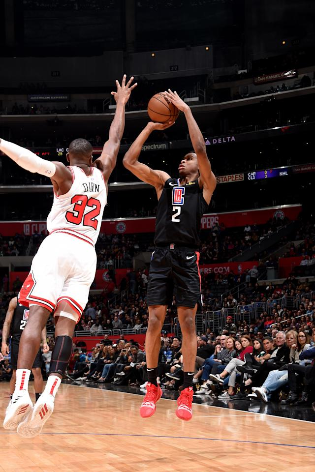 LOS ANGELES, CA - MARCH 15: Shai Gilgeous-Alexander #2 of the LA Clippers shoots the ball during the game against the Chicago Bulls on March 15, 2019 at STAPLES Center in Los Angeles, California. (Photo by Adam Pantozzi/NBAE via Getty Images)