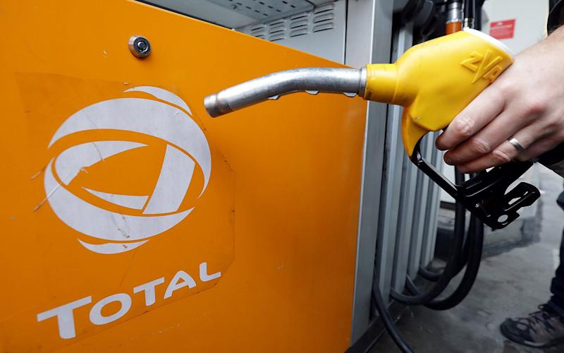 French oil major Total may turn its back on its $1bn Iranian gas project - REUTERS