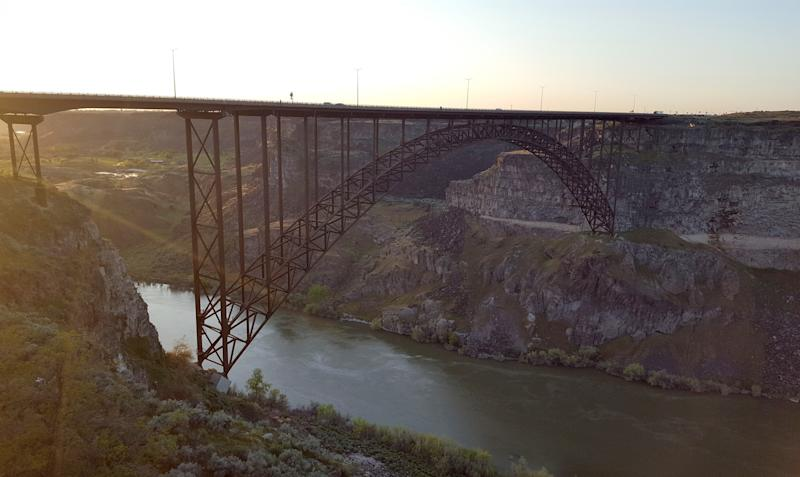 Perrine Bridge in Twin Falls, Idaho which carries U.S. Highway 93 over the Snake River Canyon. (Photo: Chris Wilson/Yahoo News)