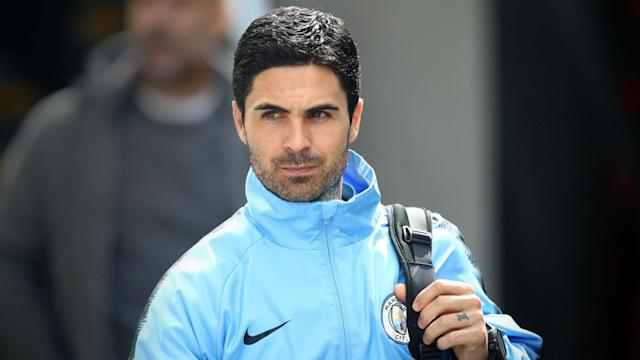 Mikel Arteta has held talks with Arsenal but is travelling with Manchester City for their EFL Cup tie with Oxford United.
