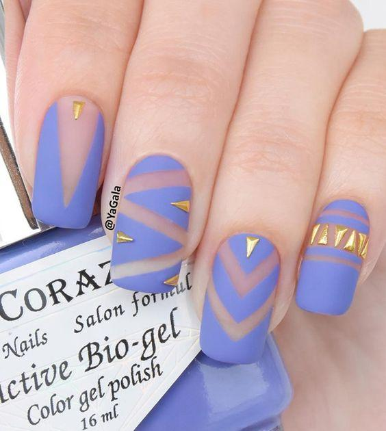 """Obsessed with this pretty pastel color, and the design is definitely fit for an Easter egg.  <em>Photo: <a rel=""""nofollow"""" href=""""http://www.nailpolishaddicted.com/80-cute-and-easy-nail-art-designs-that-you-will-love/3/"""" rel="""""""">Nail Polish Addicted</a></em>"""