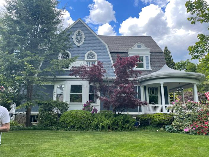 D'Ercole purchased the Dutch Colonial home in July of 2021.