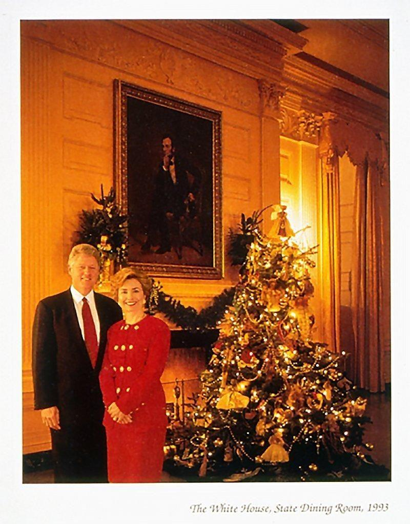 The Clintons didn't include their daughter in their 1993 Christmas card. Photo: White House