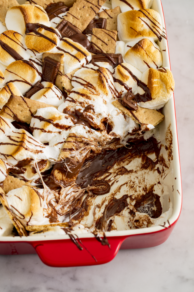 """<p>No fire pit required.</p><p>Get the recipe from <a href=""""http://www.delish.com/uk/cooking/recipes/a28827250/smores-casserole-recipe/"""" target=""""_blank"""">S'mores Bake</a>. </p>"""