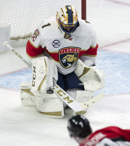 Panthers Goalie Luongo To Turn 40 Figure Out What S Next