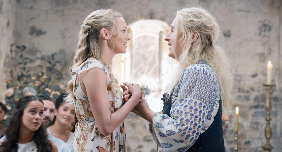 Sophie (Amanda Seyfried) and Donna (Streep) sing one last ABBA song together in <em>Mamma Mia! Here We Go Again.</em> (Photo: Jonathan Prime/Universal Studios/Courtesy Everett Collection)