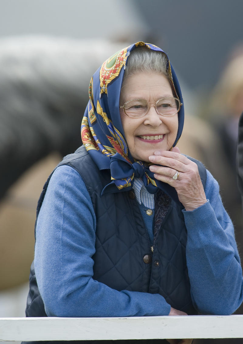 WINDSOR, UNITED KINGDOM - MAY 15: HRH Queen Elizabeth II attends the Royal Windsor Horse Show 2009 on May 15, 2009 in Windsor, England. Her pony Balmoral Morland wins the Highland Class 73. (Photo by Marco Secchi/Getty Images)