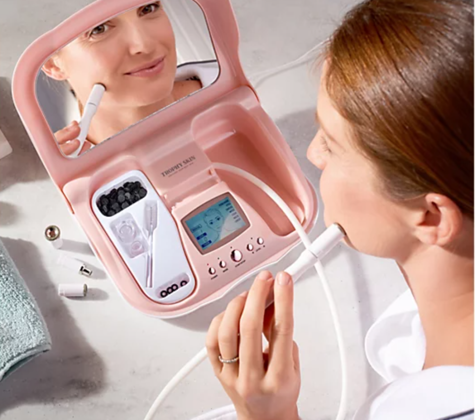 MicrodermMD Microdermabrasion System w/ Body Tip, Filters & Serum