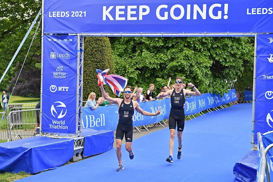 Dave Ellis celebrates victory in the PTVI category at the AJ Bell 2021 Para Triathlon World Series in Leeds