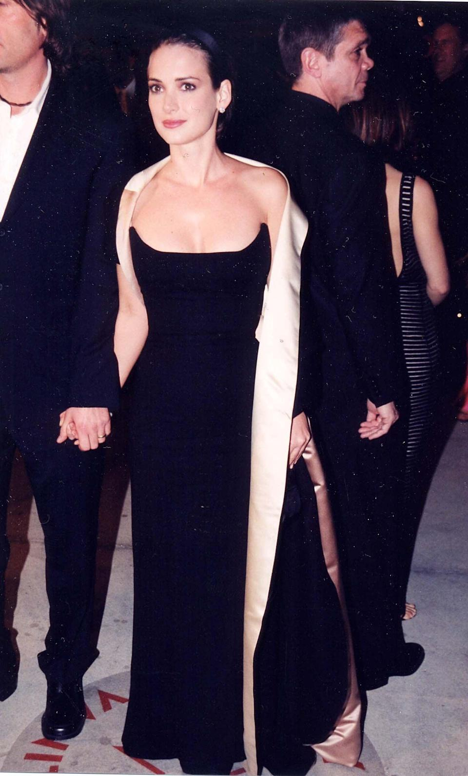 <p>This strapless number caught everyone's attention at the Oscars in 2000. </p>