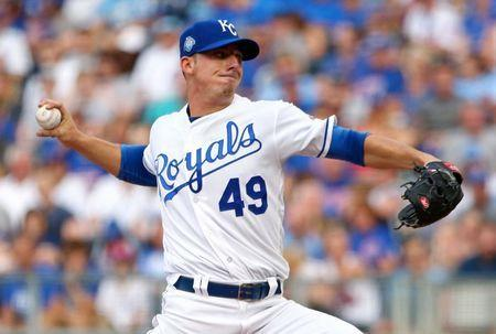Aug 8, 2018; Kansas City, MO, USA; Kansas City Royals relief pitcher Heath Fillmyer (49) pitches against the Chicago Cubs in the first inning at Kauffman Stadium. Jay Biggerstaff-USA TODAY Sports