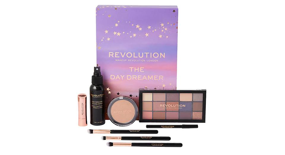 Revolution The Day Dreamer Look Book Makeup Set
