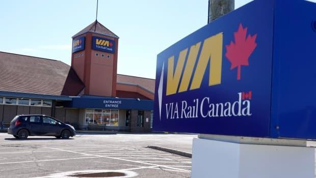 The Ocean line makes several stops at stations between Halifax and Montreal, such as the one in Moncton, N.B., pictured above. (CBC / Radio-Canada - image credit)