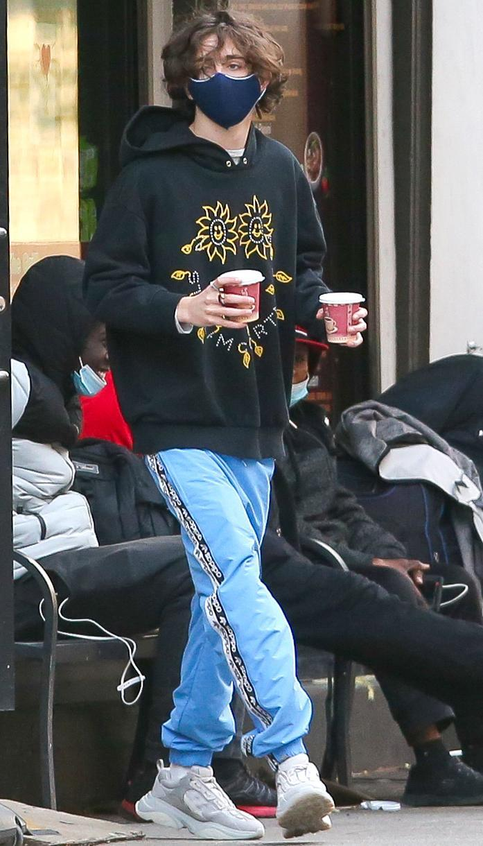 <p>Timothée Chalamet was spotted wearing a mask and grabbing two cups of coffee in New York City.</p>