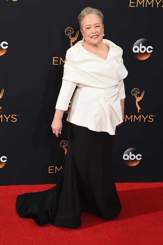 """<p>""""ICON Kathy Bates in custom Siriano tonight! I love dressing women who I admire and love,"""" he wrote on Instagram. <em>(Photo: Getty Images)</em></p>"""