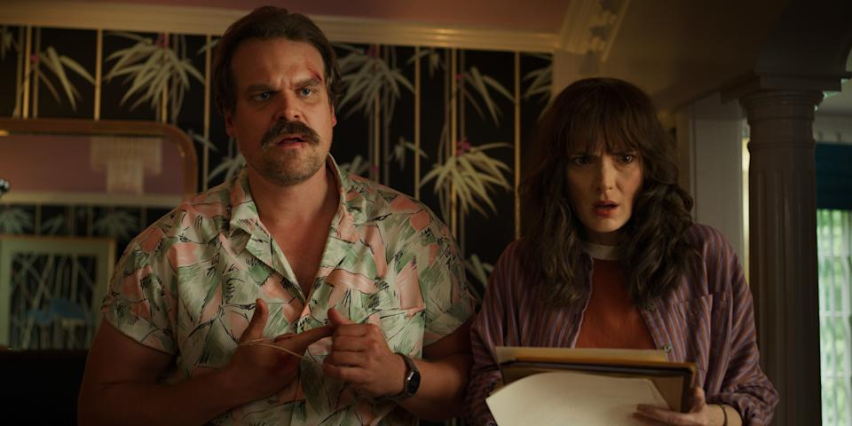 Chief Hopper (David Harbour) and Joyce (Winona Ryder) in Stranger Things 3. (Photo: Netflix)