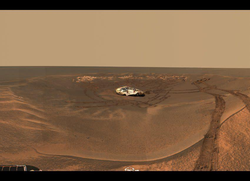 """A Postcard from the Opportunity rover's Pancam taken on sols 58 to 60 (March 23-25, 2004) that we called the """"Lion King"""" panorama, because it was acquired from a majestic outlook just outside the rim of 22-meter wide Eagle crater. <em>From """"Postcards from Mars"""" by Jim Bell; Photo credit: NASA/JPL/Cornell University</em>"""