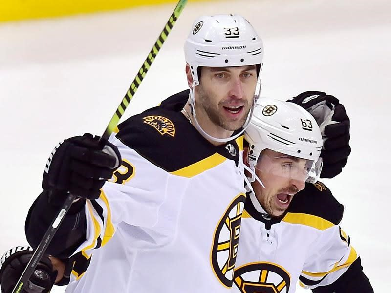 Bruins captain Zdeno Chara makes history with winning goal against Maple Leafs