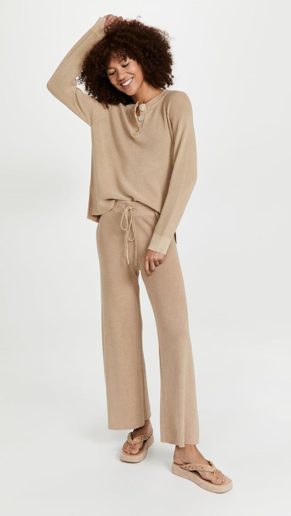 <p>We're not giving up our matching sets yet. This <span>Rails Piper Pullover</span> ($168) and <span>Brooks Sweatpants</span> ($168) is adorable.</p>