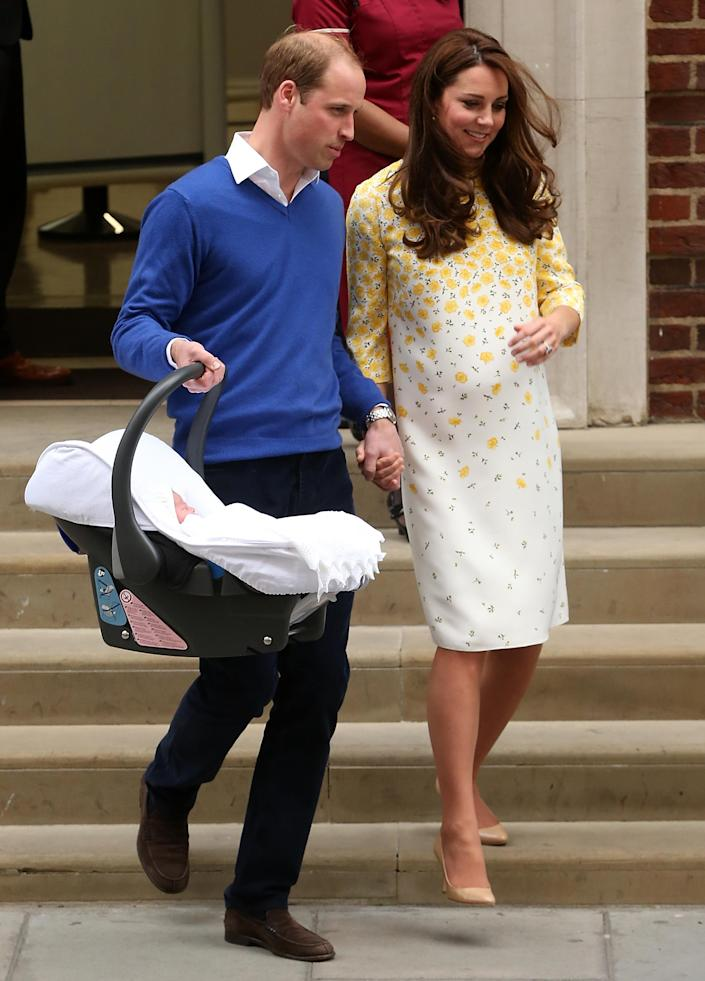 Prince William and Kate Middleton with Princess Charlotte in 2015. <em>(Getty Images)</em>
