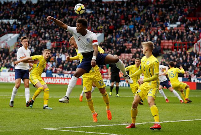 Soccer Football - European Under 21 Championship Qualifier - England vs Ukraine - Bramall Lane, Sheffield, Britain - March 27, 2018 England's Demarai Gray in action with Ukraine's Viktor Kovalenko Action Images via Reuters/Lee Smith