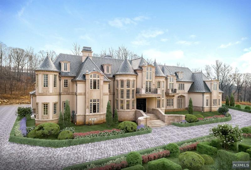 Kings Ilya Kovalchuk Puts Stunning Castle Up For Sale