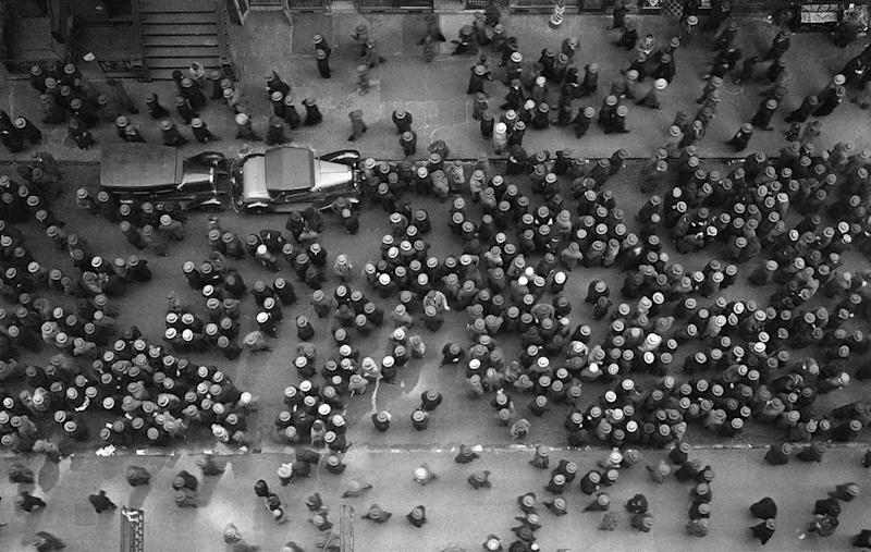 Photo credit: © Images by Margaret Bourke-White. 1930 The Picture Collection Inc. All rights reserved
