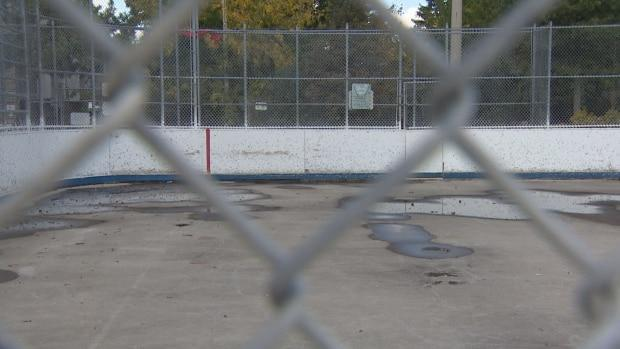 Dufferin Grove Park artificial ice rink to be replaced despite protests from local residents
