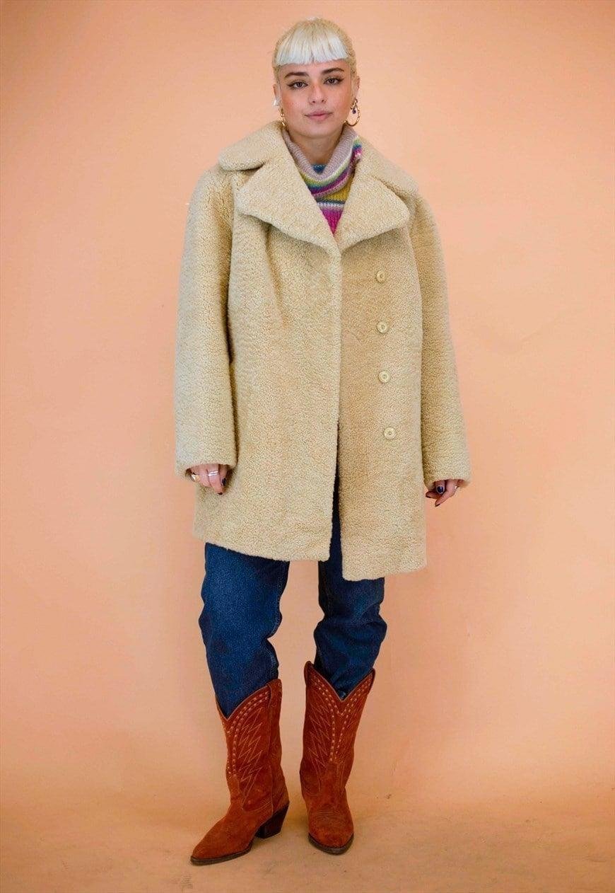 """<br><br><strong>ASOS</strong> Vintage Cream Sheepskin Teddy Coat, $, available at <a href=""""https://marketplace.asos.com/listing/coats/vintage-cream-sheepskin-teddy-coat/5996208?index=Products&objectID=5996208&fromSearchTerm=shearling"""" rel=""""nofollow noopener"""" target=""""_blank"""" data-ylk=""""slk:ASOS, asos marketplace"""" class=""""link rapid-noclick-resp"""">ASOS, asos marketplace</a>"""
