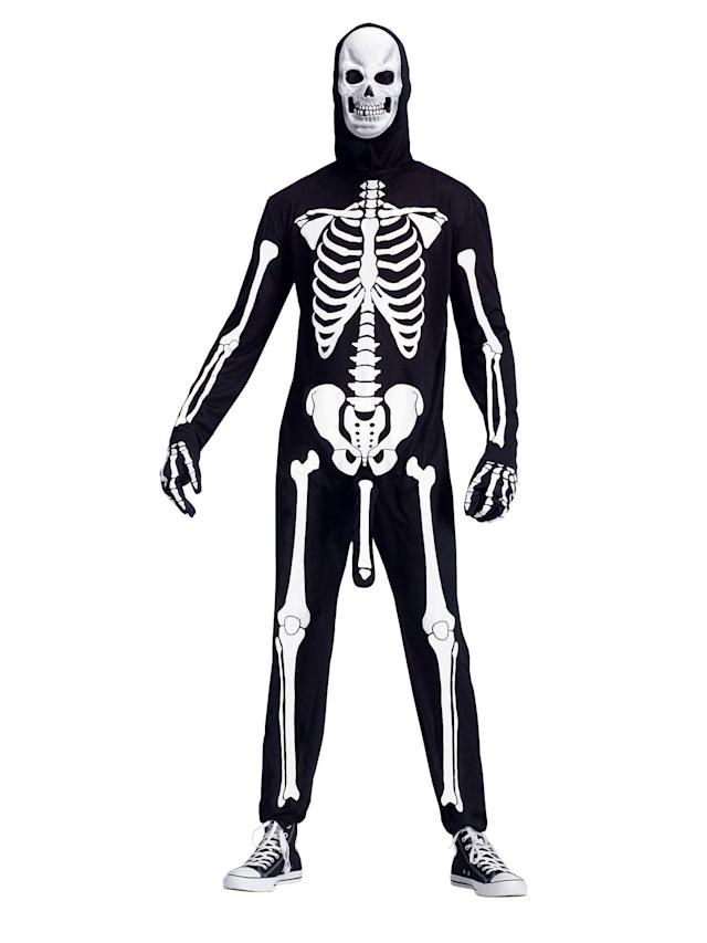 Previously when I looked at skeleton costumes, I always felt like they were missing something, but I couldn't quite put my finger on it. Now, thanks to <span>Skeleboner,</span> I can (but I'm not sure I want to).