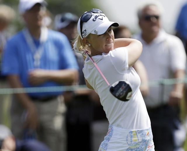 17-year-old golf star Brooke Henderson turns pro