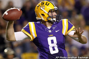 Raymond Summerlin kicks off his NFL Draft Cheatsheet Series with his takes on this year's quarterback class